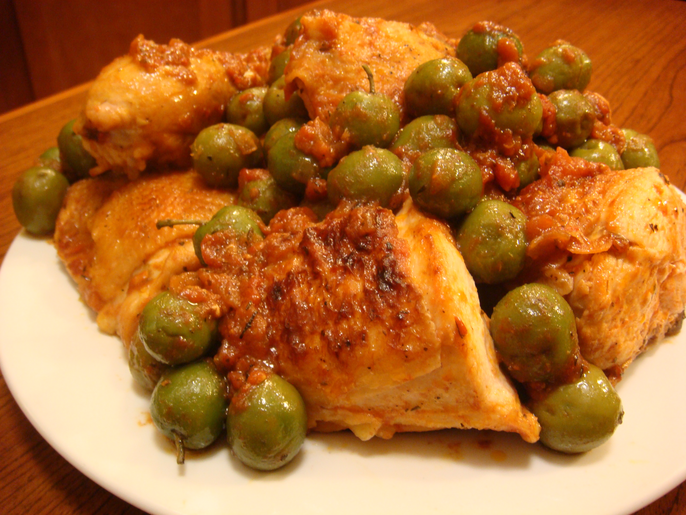 Chicken with Tomatoes and Olives Recipe - Food Republic