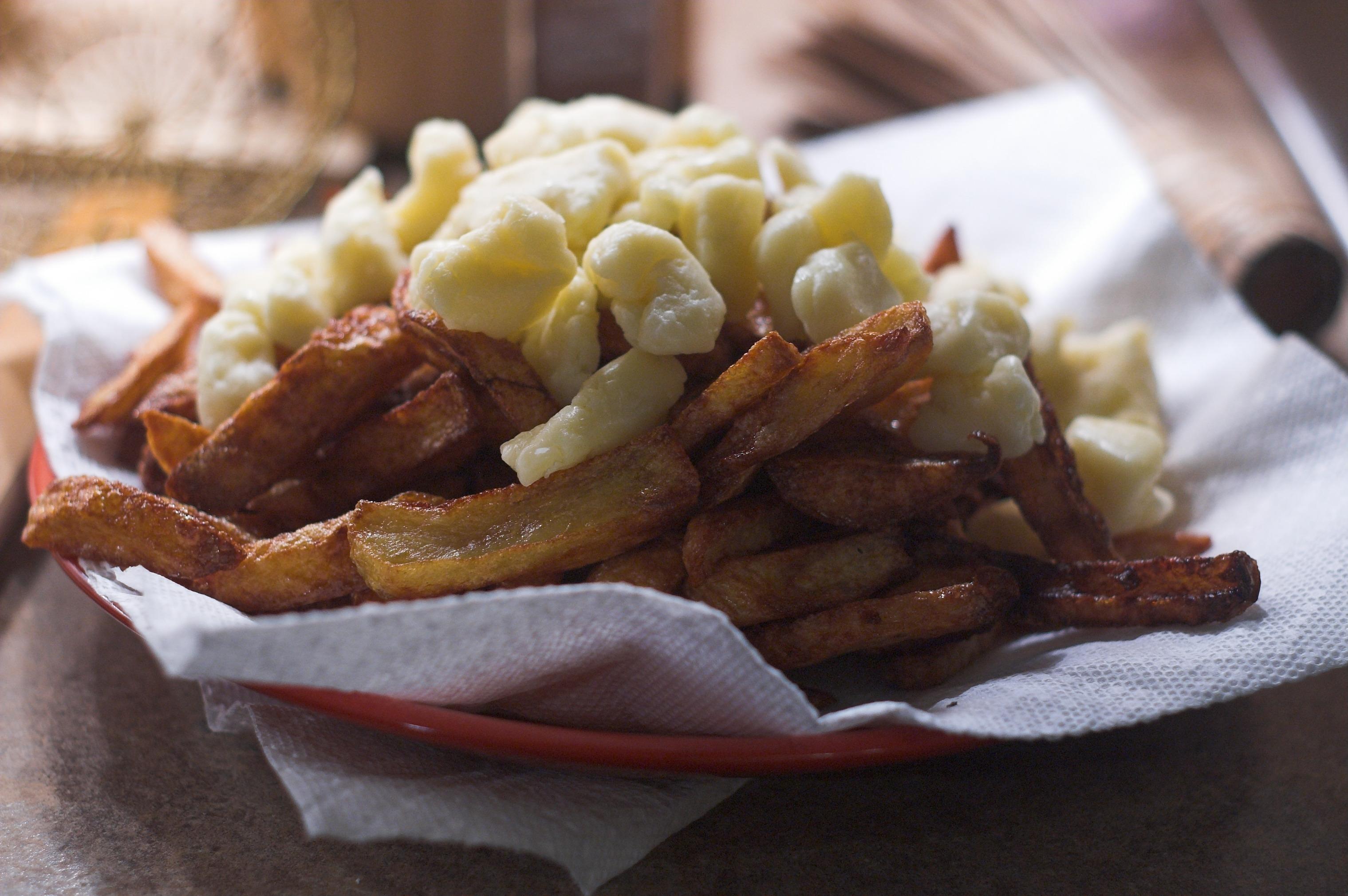 Cookingaround : Poutine Gravy Recipe |Canned Poutine Sauce
