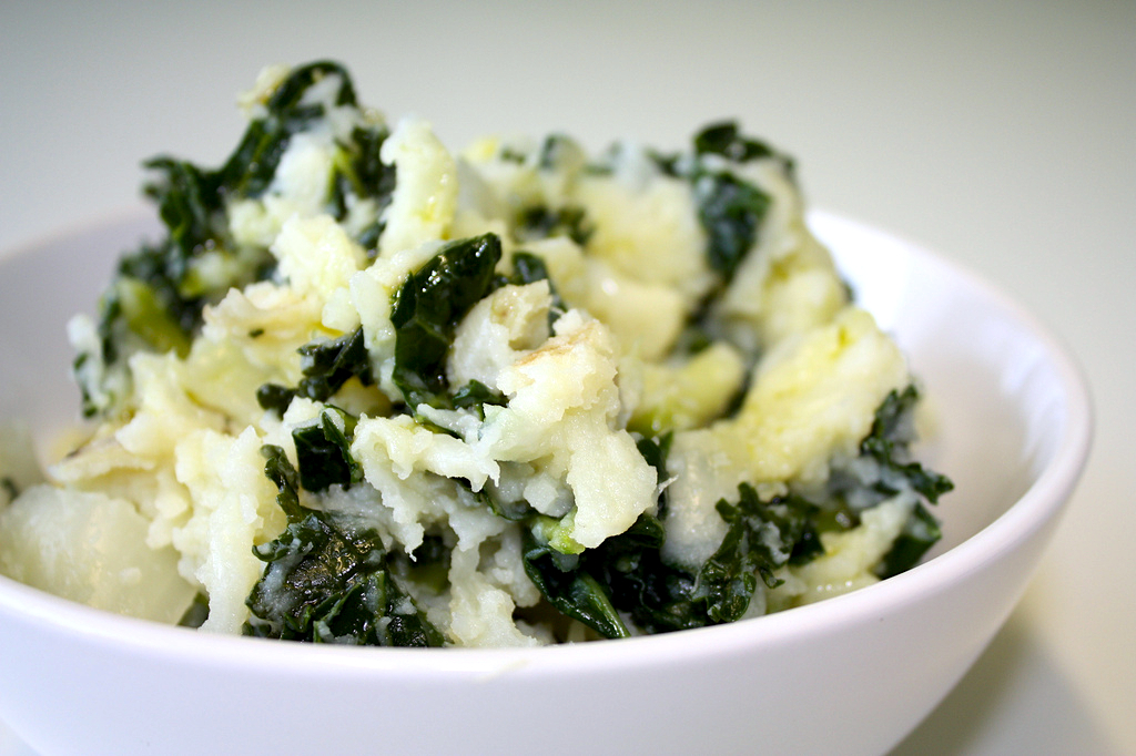 Mashed Potatoes with Goat Cheese & Kale - Food Republic