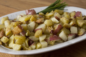 easy garlic roasted potatoes recipe