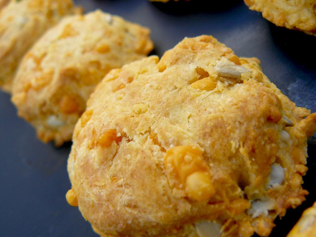 Easy Cheddar Scones - Food Republic