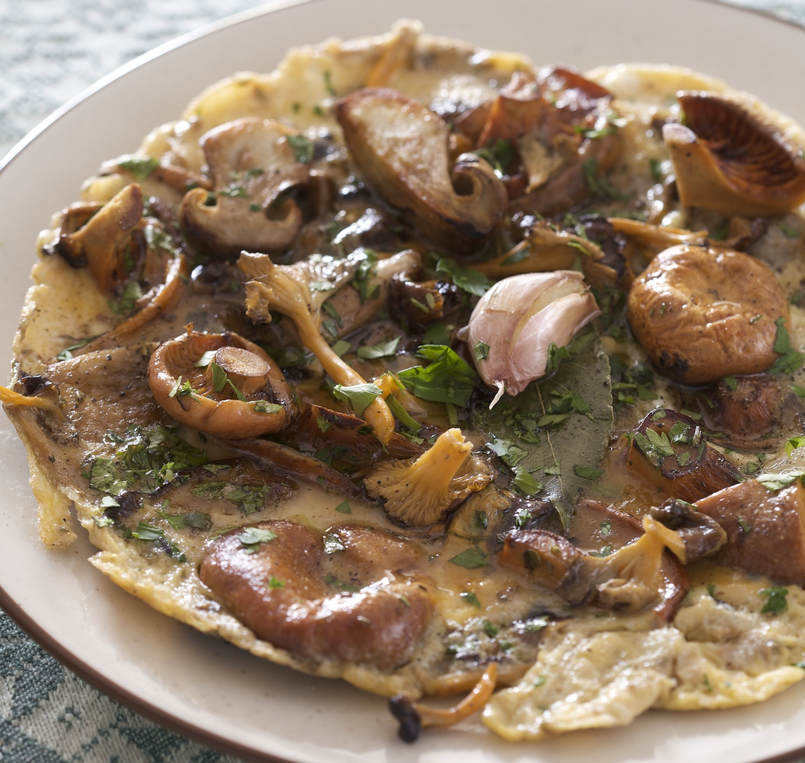 Rif Mountain Omelet With Wild Mushrooms - Food Republic