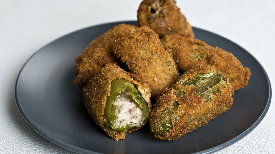 deep fryer Philly Cheesesteak Jalapeño Poppers Recipe