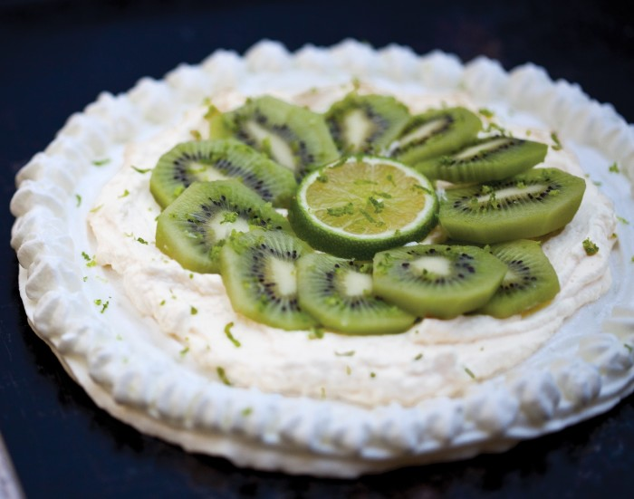 kiwi pavlova recipe