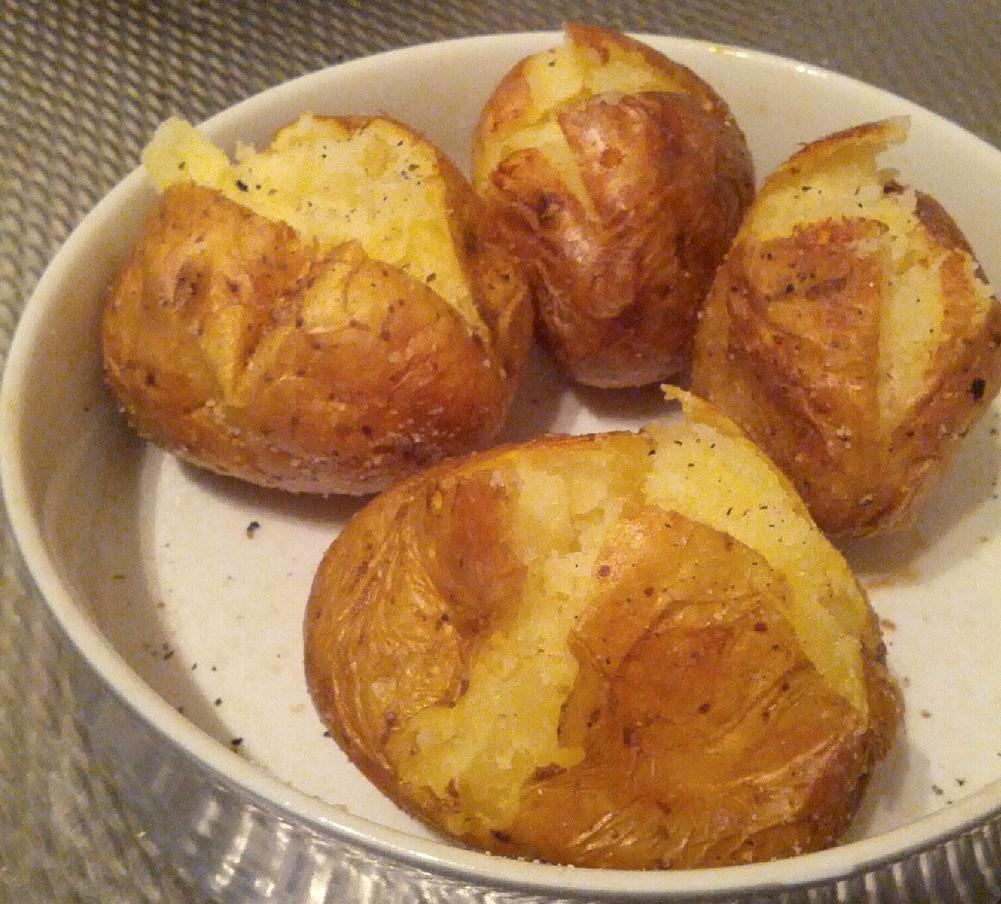 Как сделать картошку в микроволновке в домашних условиях 380