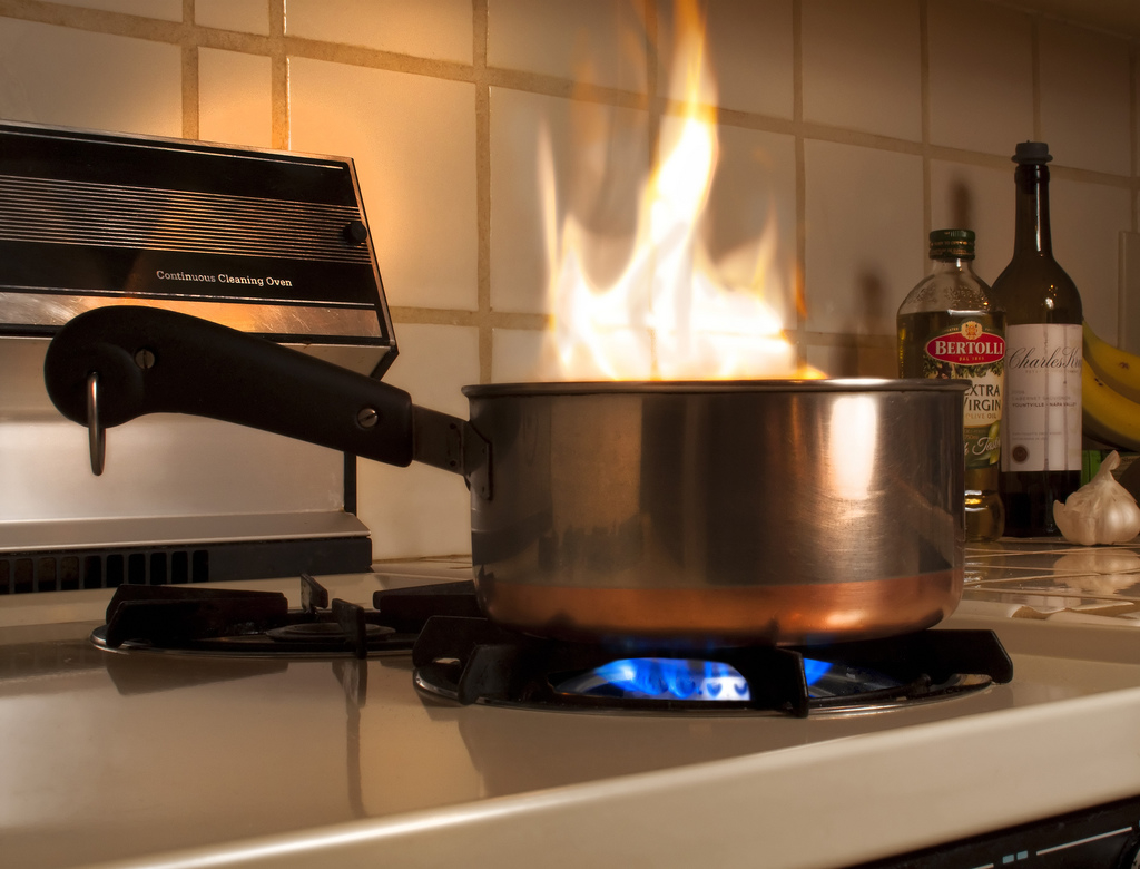 Can Leaving Food In The Oven Start A Fire
