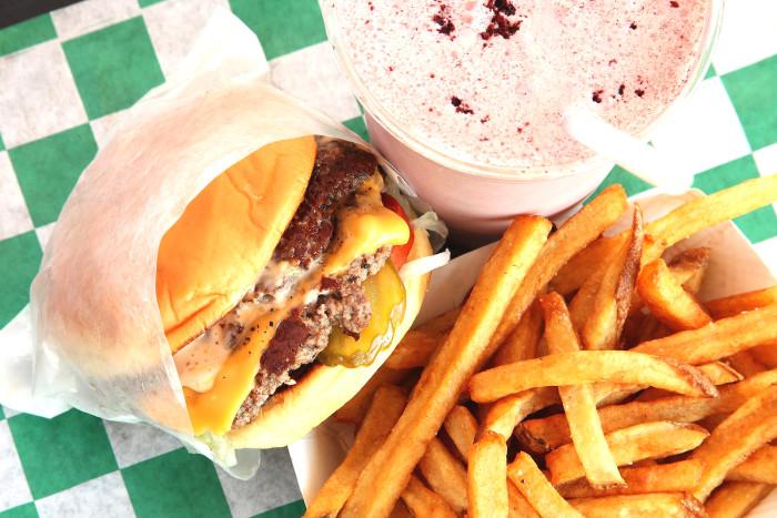Harlem Shake's Classic Cheeseburger Recipe