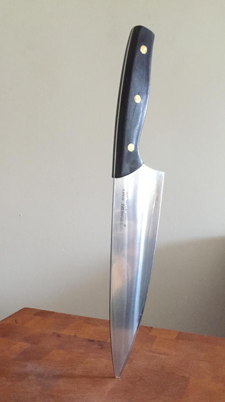 knife_embed