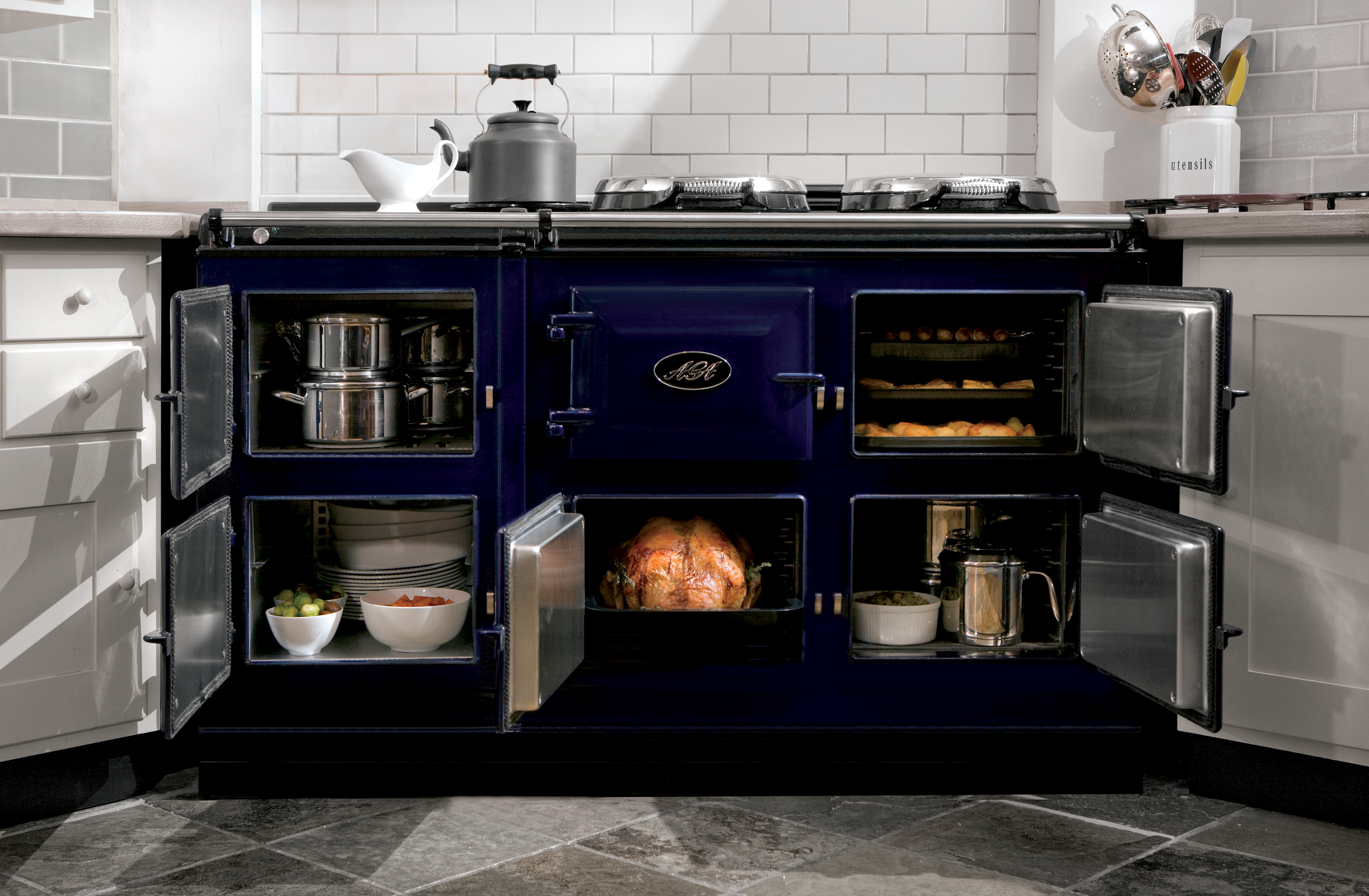 will america go gaga for aga the fancy british stove is. Black Bedroom Furniture Sets. Home Design Ideas