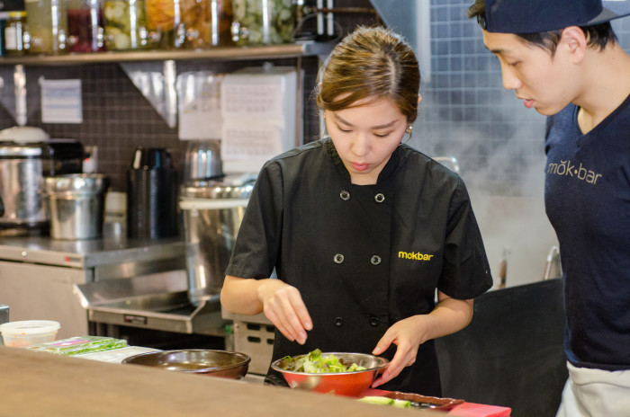 New York Chef Esther Choi prepares Korean fishcakes. (Photo: Jenny Adams.)