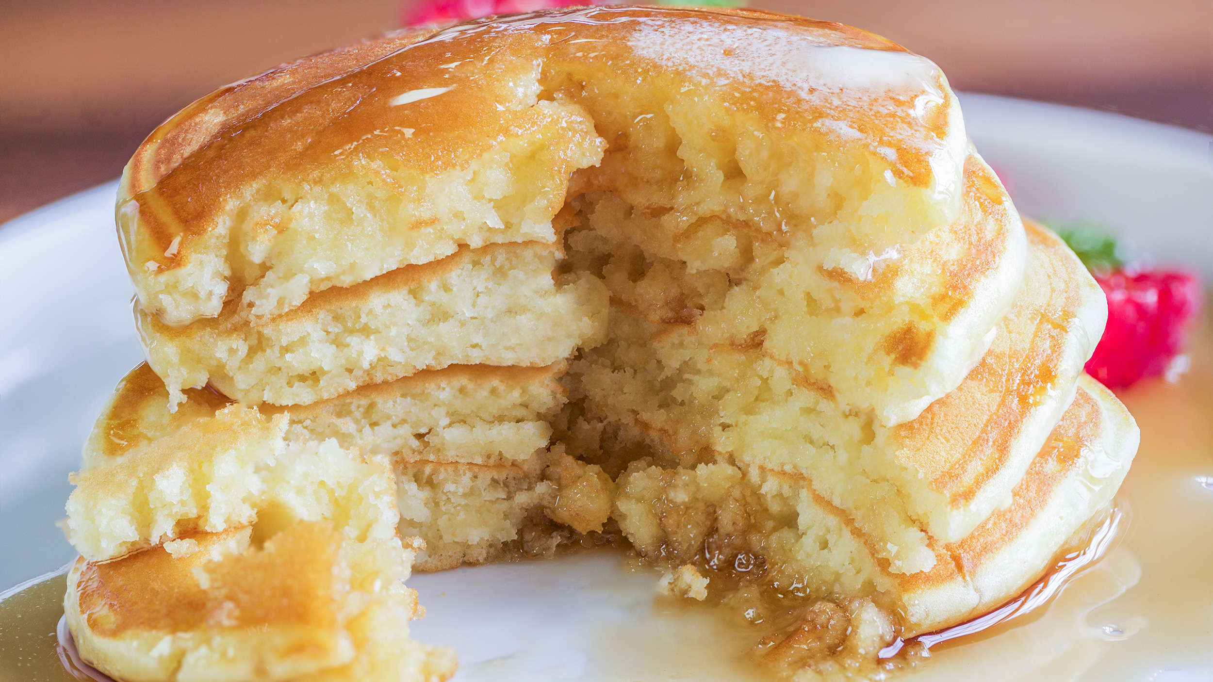 How To Make Light And Fluffy Pancakes At Home