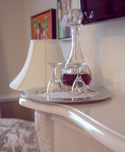 Vendue Charleston In-Room Sherry-Copyright Virginia Miller-1