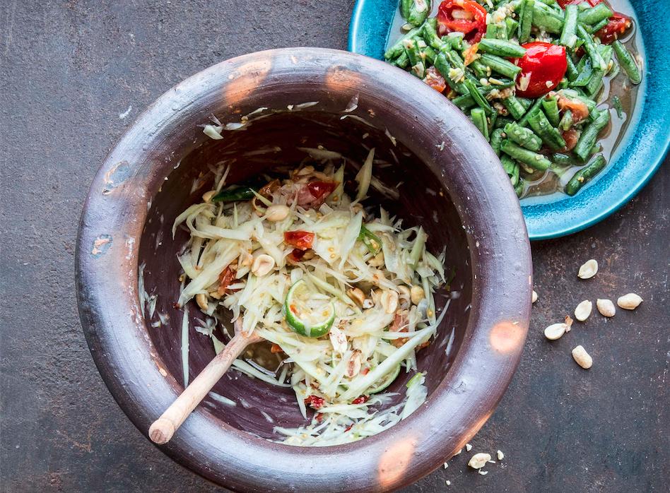 Make Chrissy Teigen S Pounded Thai Papaya Salad