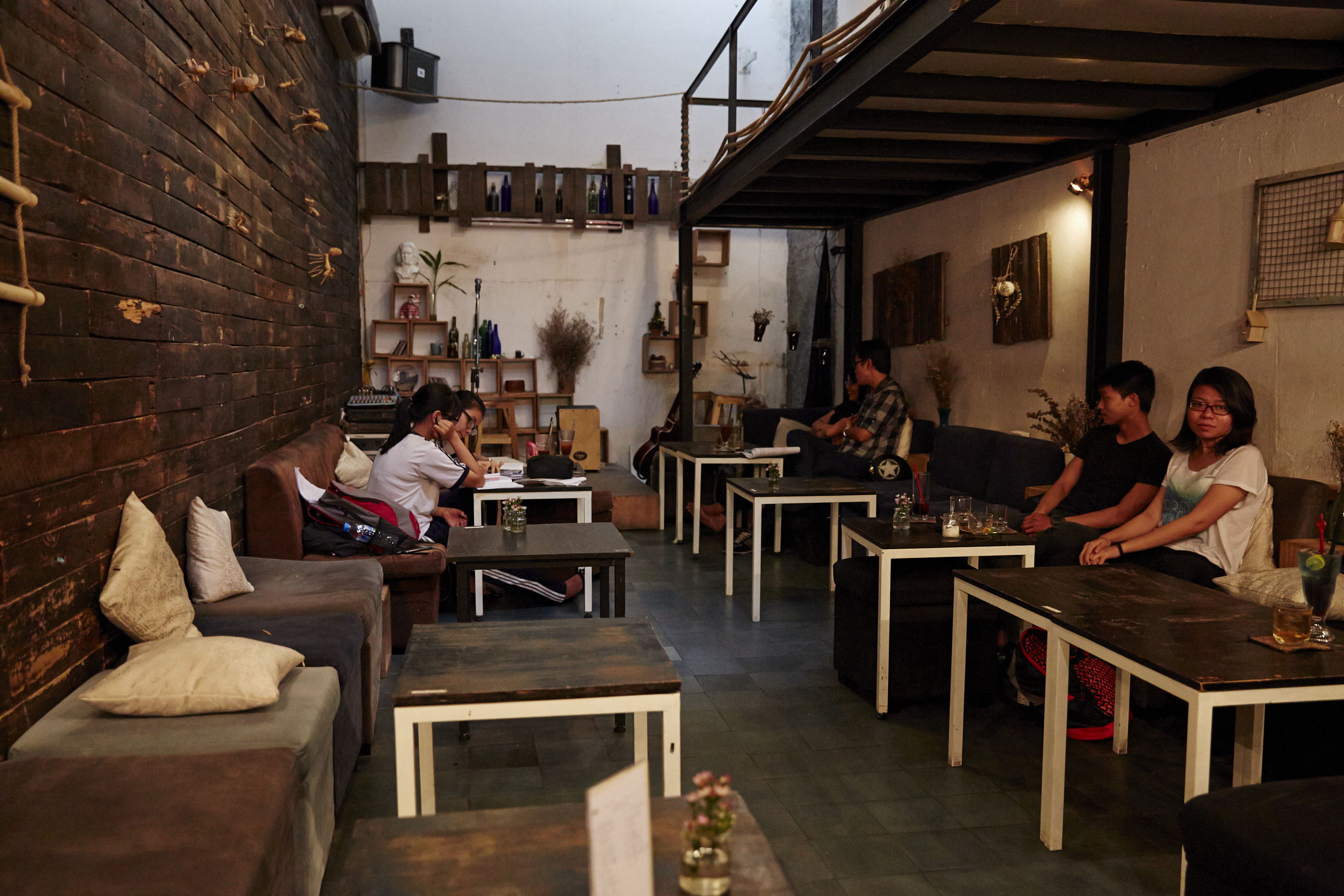 Inside The Funky, Cool Café Culture Of Ho Chi Minh City, Vietnam - Food Republic