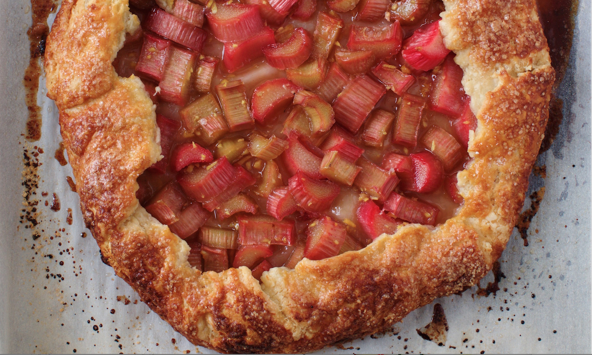 Now Baking: Gingered Rhubarb Crostata