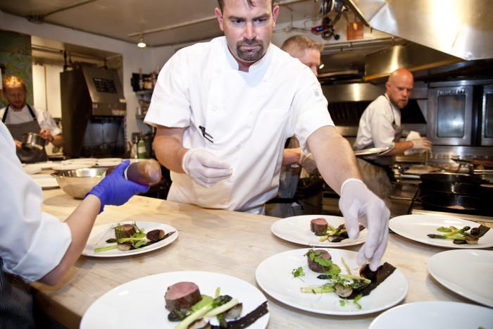 JBF-5-14-2016-Chefs-in-the-Kitchen-17