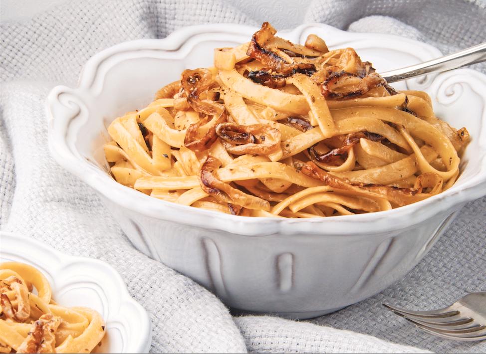 Savory Strands: How To Make Caramelized Onion Fettuccine
