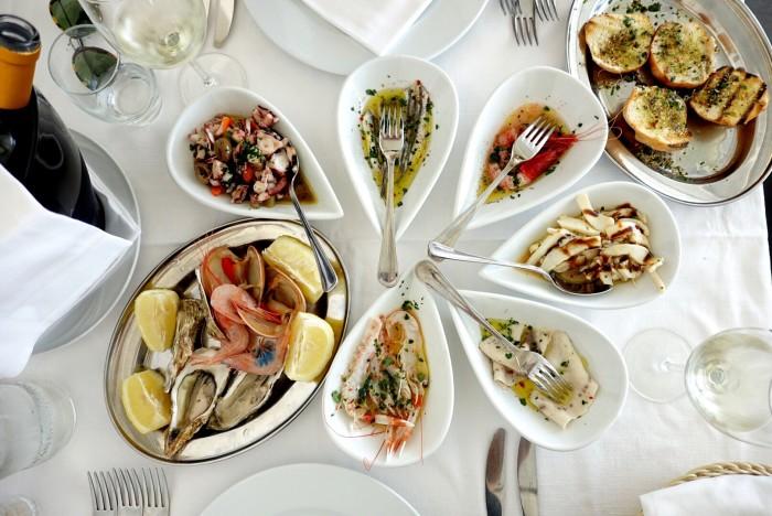 Viri Ku C'e is a seafood lover's haven.