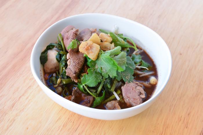 Thai-Kun_boat noodles (1)