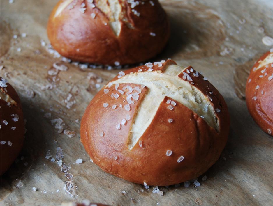 How To Make German Pretzel Buns