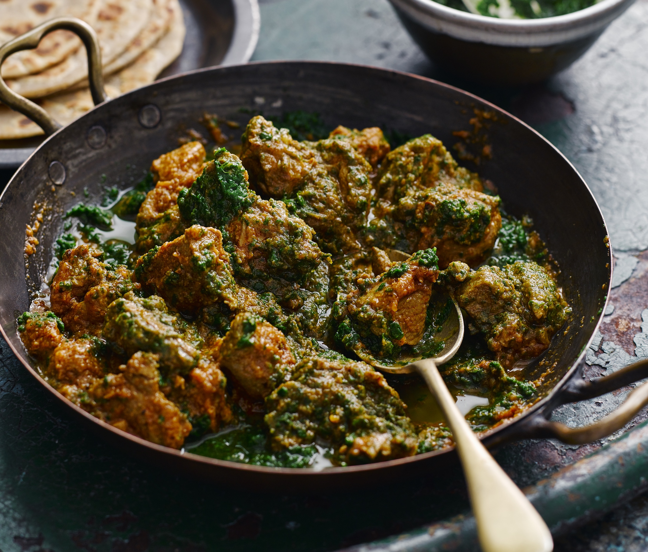 Spice it up with this simple indian saag gosht recipe forumfinder Images