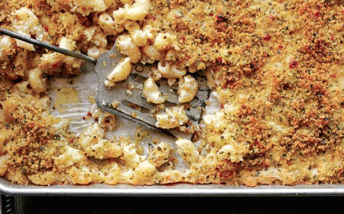 sheet pan mac and cheese