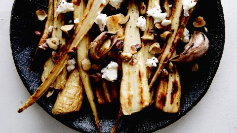 roasted parsnips with hazelnuts